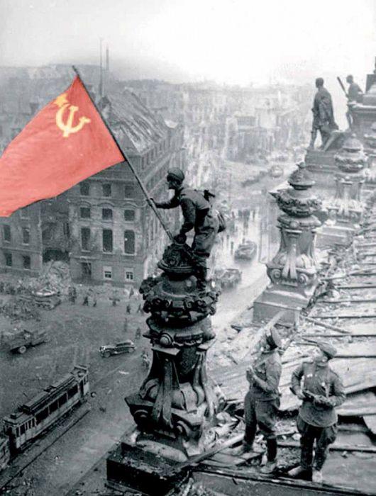 La bandiera rossa sul Reichstag